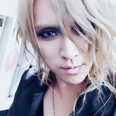 Thank you for the in-store event at HMV Grand Front Osaka! Next event will be held at Tower Records Namba store from 8:00! Please come to visit us #KAMIJO #Versailles #mademoiselle Credits: KAMIJO …