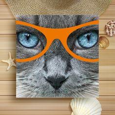 Cat Walk, Blue Eyes, Cats Of Instagram, Design Art, Owl, Bird, Canning, Creative, Cute