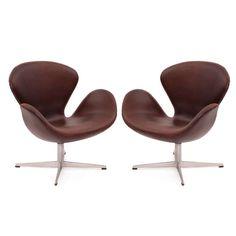 Arne Jacobsen Fritz Hansen Leather Swan Chairs