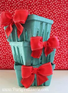 Red Bow Berry Baskets  Set of 6 by PartyPatisserie on Etsy, $12.00