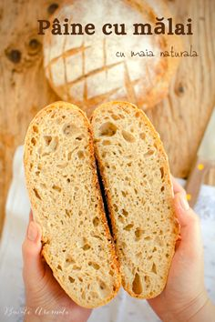 Cum se face o pâine cu mălai și făină albă cu miez pufos și elastic și coajă crocantă? Pâine cu mălai fără drojdie, dospită cu maia naturală. Mole, Gluten, Bread, Home, Mole Sauce, Brot, Baking, Breads, Buns
