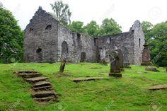 Cementerio Gótico Viejo En Blair Castle, Escocia, Reino Unido Fotos, Retratos, Imágenes Y Fotografía De Archivo Libres De Derecho. Image 15857341.