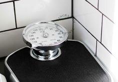 retro bathroom scale / www.zangra.com
