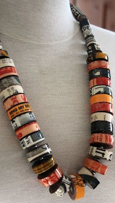 Recycled paper jewellery Recycled paper jewellery The post Recycled paper jewellery appeared first on Paper Ideas. Paper Bead Jewelry, Fabric Jewelry, Paper Beads, Jewelry Crafts, Beaded Jewelry, Jewellery Diy, Jewellery Boxes, Fashion Jewelry, Jewellery Making Materials