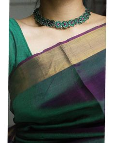 For All Jewellery Styling Inspirations, Check Her Out! Indian Dresses, Indian Outfits, Neck Accessories, Fashion Accessories, Saree Jewellery, Modern Saree, Indian Wedding Jewelry, Saree Look, Indian Designer Outfits