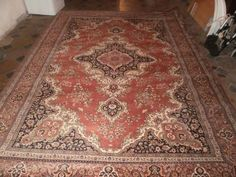 Prodam vlneny koberec Rugs, Home Decor, Madness, Homemade Home Decor, Types Of Rugs, Rug, Decoration Home, Carpets, Interior Decorating