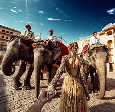 Murad Osmann and Nataly Osmann: Follow me to Amer Fort in Jaipur India