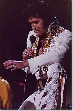 Elvis Presley Huntsville, AL - May 31, 1975 Awesome....saw Elvis at Madison square Garden...may he rest in peace...mjr