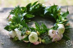 Floral Wreath, Wreaths, Weddings, Instagram, Kids Hair Bows, Hair Bows, Crowns, First Communion, Crown Cake