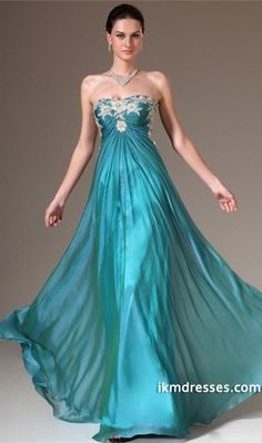 2015 Slight Sweetheart Pleated And Fitted Bodice A Line Chiffon Prom Dress With Applique  http://www.ikmdresses.com/2014-Slight-Sweetheart-Pleated-And-Fitted-Bodice-A-Line-Chiffon-Prom-Dress-With-Applique-p84638