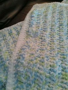 Quick thick baby blanket