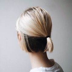 ellanmwebb2:  Natural hair colour coming through : Detail ph. ella webb