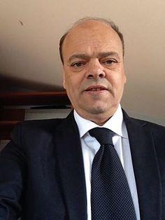 """Aloia si insedia e dà il via al secondo mandato. M5S e PD: """"Ametrano e Sansone incompatibili"""". Ruocco si dimette"""