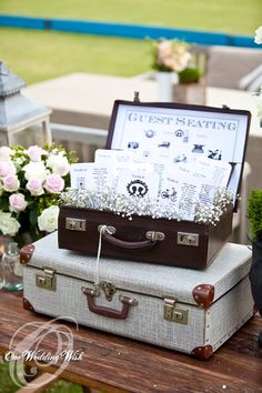 Another example for seating plan set up with vintage suitcase