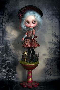 Gwendoline & Cecil ~ The paper garden Official presentation of my new work Presentacion oficial de mi nuevo trabajo issuu.com/cookiedolls/docs/gwendoline___cecil_-_the_paper_gard This doll will be in Auguste Clown Gallery in Melbourne, to be a part of Once Upon a Blythe group exhibition, http://www.augusteclown.com/ Exhibition starts on 20th of February. Rebeca Cano ~ Cookie dolls www.cookie-dolls.com © All rights reserved