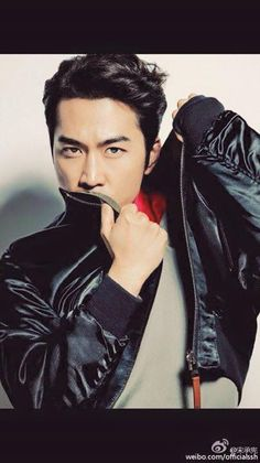 Song Seung Heon LEON Marc 2015