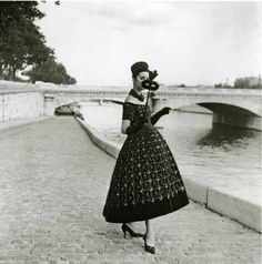 Willie Maywald 1958 Robe du Soir de St-Laurent pour Dior
