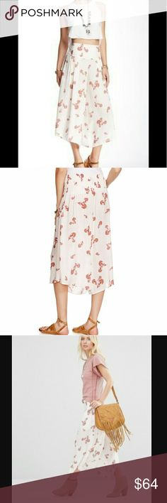 Free People Crossed Paths Culottes Small NWT Free People Crossed Paths Floral Print Culottes In Ivory Pearl Combo Size Small NWT, On-Trend Culottes With Wide Elastic Waistband, Cropped Fit, Rayon, Machine Wash, Sold Out Nearly Everywhere Free People Pants Ankle & Cropped
