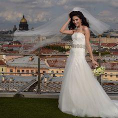 """""""#Питер #Фата #Ветер #Невеста #StPetersburg #Russia #Bride #Wedding #Veil #Wind #BrideStyle"""""""