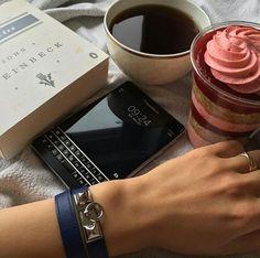 #inst10 #ReGram @black_berry_store_: #Black_berry#store #blackberry  #passport  #بلك_بری #آیفون #لاكچری  #پاسپورت  #لوازم_جانبی #BlackBerryClubs #BlackBerryPhotos #BBer #BlackBerryPassport #Passport #QWERTY #Keyboard