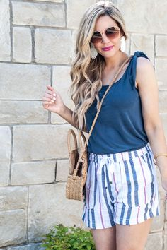 Wondering what to wear with striped shorts? Popular OKC blogger Ashley of Curls & Cashmere shares the cutest deas on how to style striped shorts for summer!