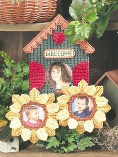 Sunflower Birdhouse Photo Frame  (more photo frames on site)