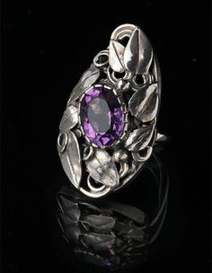 Impressive Arts & Crafts Ring by Gladys and Charles Mumford - Tadema Gallery Mumford, Emerald Jewelry, Vintage Silver, Jewelry Crafts, Sterling Silver Rings, Art Nouveau, Heart Ring, Amethyst, Arts And Crafts