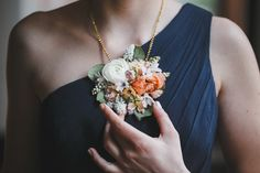 This Fresh-Flower Necklace from a Philly Florist Is Our New Favorite Thing for Weddings - Philadelphia Wedding