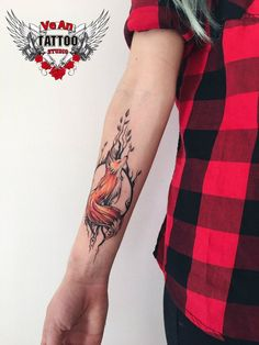 21 Beautiful Examples of Watercolor Tattoos Photo Tattoo Anastasia … - diy tattoo project Forearm Tattoos, Body Art Tattoos, Sleeve Tattoos, Tree Tattoos, Hand Tattoos, Diy Tattoo, Tattoo Ink, Fox Tattoo Design, Tattoo Designs