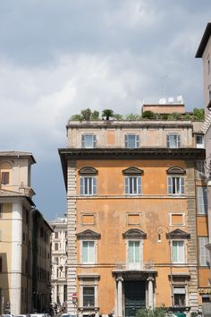 Rome, Multi Story Building, Mansions, House Styles, Travel, Home Decor, Viajes, Decoration Home, Manor Houses