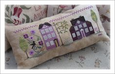 Little House Needleworks, stitched with my own colours picked in my cotton and silk thread stash : DMC, Stef Francis, Thread Gatherer, Vikki Clayton, Gentle Art,  Au Ver à Soie silks...