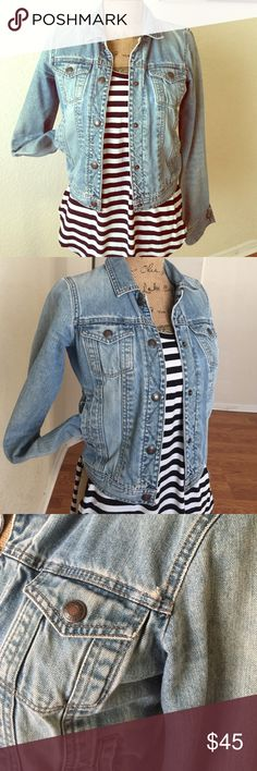 ABERCROMBIE FADED JEANS JACKET💕 ADORABLE JEAN FADED JACKETS PERFECT FOR ANY OUTFITS pair with dresses,shorts, jeans & leggings one of my fave great conditions style is prewashed faded...💕 Abercrombie & Fitch Jackets & Coats Jean Jackets
