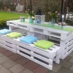 Pallet Patio Set - view lots of pallet ideas including sofas in our post
