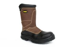 Boots, Winter, Fashion, Footwear, Crotch Boots, Winter Time, Moda, Fashion Styles, Shoe Boot