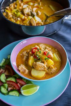 Thai Recipes, Healthy Recipes, Healthy Food, Beef Massaman Curry, Zeina, Food Hacks, Thai Red Curry, Chili, Food Porn