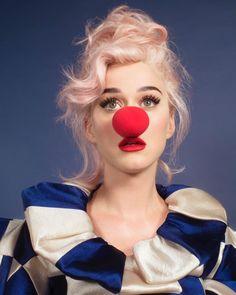 Katy Perry Wallpaper, Coachella, Katy Perry Albums, Divas, Katy Perry Pictures, Musica Pop, Zooey Deschanel, Celebs, Celebrities