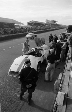 Ford Thunderbird Daytona Beach 1956 TIN SIGN metal racing garage vtg decor 1845