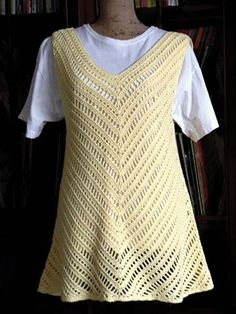 Sunny Sleeveless Tunic ~ NEW from Annie's! This should be easy to make!