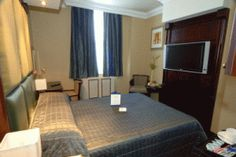 Shaftesbury Hotels provides best & lowest London accommodation rates situated in prime locations across London for easy access to attractions and events. Best Western, Hotels, Europe, London, Bed, Table, Furniture, Home Decor, Decoration Home