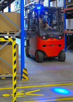 Provide your workplace with the #safety your employees deserve. The Linde BlueSpot spotlight alerts people to an oncoming #forklift truck. http://www.liftec.com/article/linde-bluespot