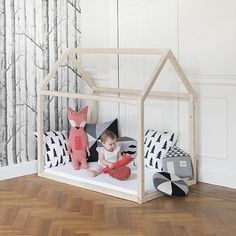 Floor bed montessori kids room nursery