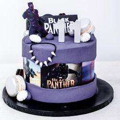 Hallo ihr Lieben mit dieser Black-Panther Geburstagstorte wünschen wir Euch einen erfolgreichen Start in die Woche! Macht es Euch fein! ________________________________________ #blackpanther #blackpanthers #backpantherparty #geburtstagstorte #geburtstag #gapcake #gapcakes #gap #panther #marveledit #marvelcake #marvellove #cakephotography #cakestagram #macarrons #macaronstagram #blackpantherchallenge #lilawolken #cakeboss #costumcake #cremetorte #blackpantherfanart #torte #cakedekorating… Black Panthers, Cake Boss, Party, Gap, Birthday Cake, Cupcakes, Cookies, Desserts, Food