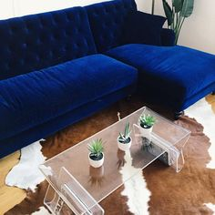 Fashion/style blogger @weworewhat just got our Lucas Sectional delivered--we're loving the drama it adds to her space.