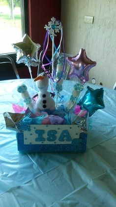 arreglo de mesa #frozen #Piñata