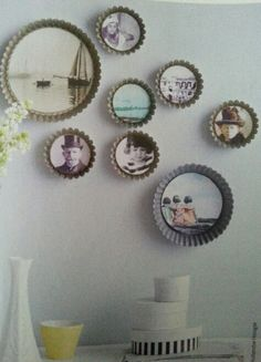 DIY Idea: Old Cake Tins on the wall as Picture Frames with Vintage Photos mixed with New Ones. By Hollandse Hoogte for Ariadne at Home