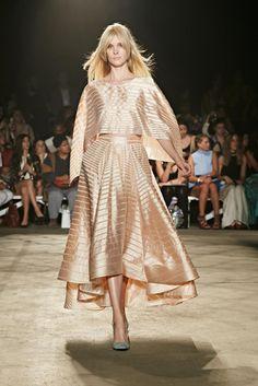 Christian Siriano's Morocco-Inspired Spring/Summer 2016 Collection Fashion News, High Fashion, Fashion Show, Formal Fashion, Givenchy, Valentino, Everything Designer, Manish Arora, Current Fashion Trends