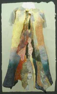 yellow tiunic on mannequin Textiles, Nuno Felting, Felt Art, Fabric Art, Fiber Art, Projects To Try, Tunic, Stitch, Wool