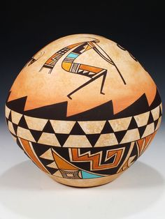 Acoma Pueblo Pottery Native American Baskets, Native American Artwork, Native American Pottery, Native American Artists, American Indian Art, Southwest Pottery, Southwest Art, Pottery Sculpture, Pottery Art