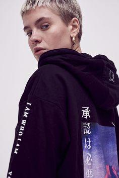 Street Clothing Brands, Fashion Poses, Fashion Ideas, Fashion Inspiration, Mount Fuji, Korean Outfits, Unisex Fashion, Black Hoodie, Streetwear Fashion