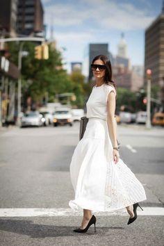 10 Ways To Wear A Long Skirt